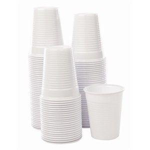 Taças de plástico